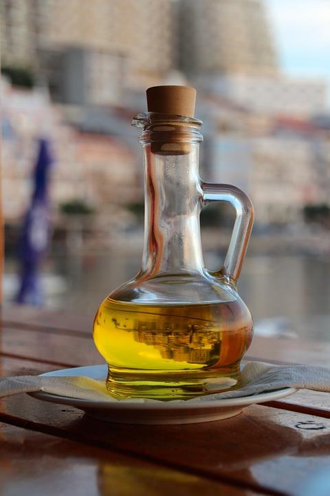 Beneficios del aceite de oliva en el pelo